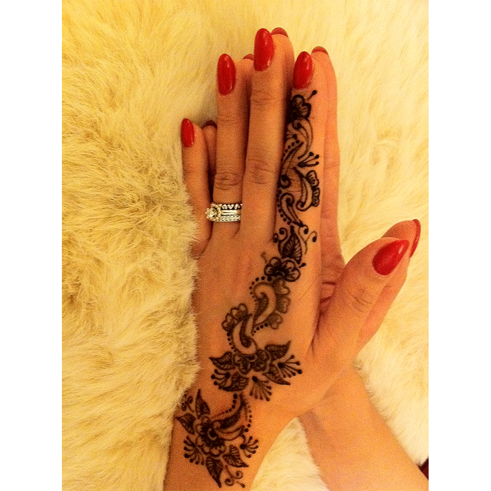 Mehndi Henna London : About henna beauty artist mehndi west london uk